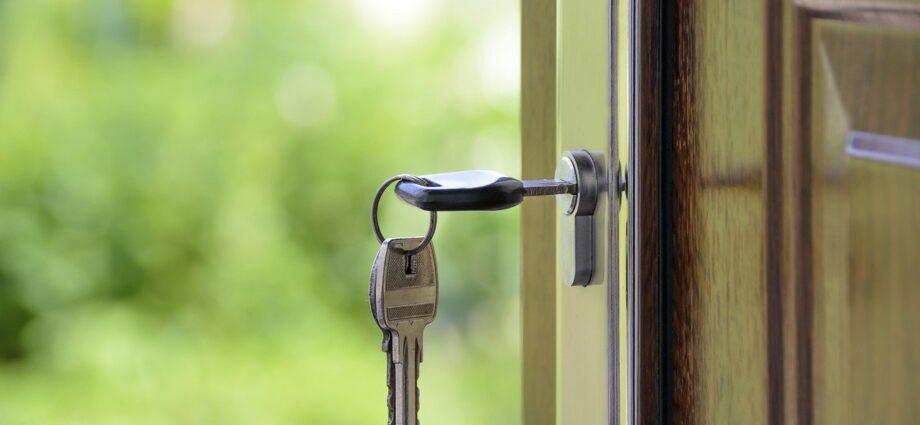 Drzwi, klucz, dom